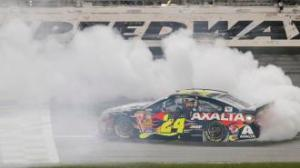NASCAR and Jeff Gordon bring FOX to #1 on Saturday.