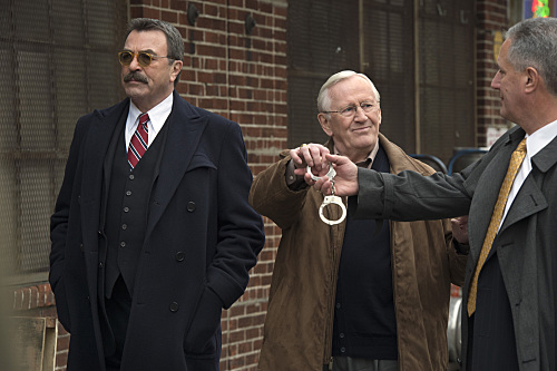 CBS #1 on Friday as 'Blue Bloods' top program. https://youtu.be/as6enLJmm1E