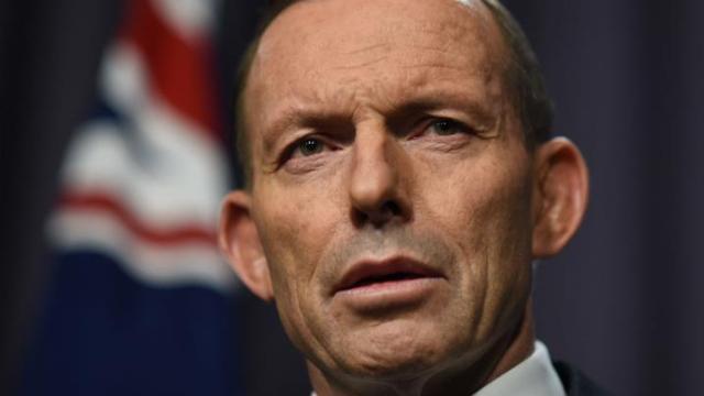 'Dob in a drug dealer': Tony Abbott to announce new 'ice' hotline http://www.9news.com.au/National/2015/08/16/08/52/Dob-in-a-drug-dealer-Tony-Abbott-to-announce-new-ice-hotline