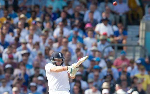 England v Australia, Fifth Investec Test Match, Day Three, The Ashes, Cricket, The Kia Oval, London, Britain - 22 Aug 2015