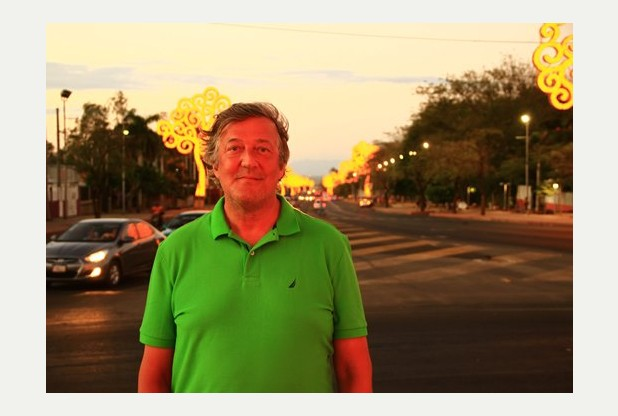 https://www.itv.com/itvplayer/stephen-fry-in-central-america/series-1/episode-3-el-salvador-to-nicaragua