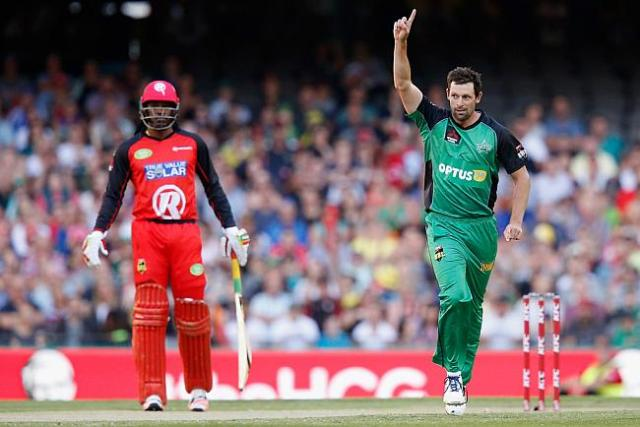 Melbourne Stars beat the Melbourne Renegades by 8 wkts