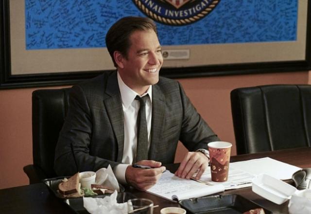 CBS #1 Tuesday as 'NCIS' top program.