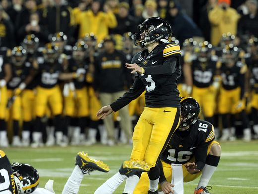 ABC #1 Saturday as 'Big Ten Football' Iowa defeated Michigan was the top program.